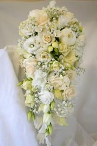 Floral Design Course - Cascade Bouquet