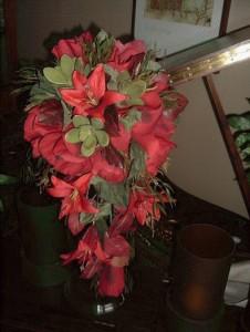 Red silk lily teardrop bouquet